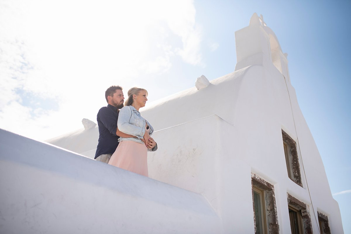 Hire a Santorini Photographer for a Photo Shoot | Athens Photo Tour