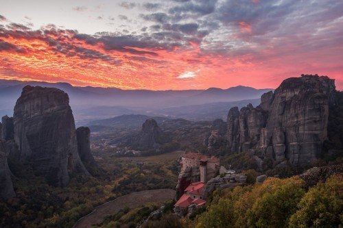 Full Day Meteora photo tour to photograph the sunset