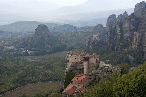 Athens to Meteora by train photo tour