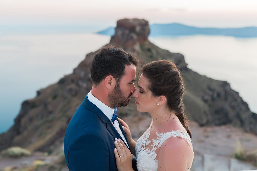 hire a wedding photographer in Santorini