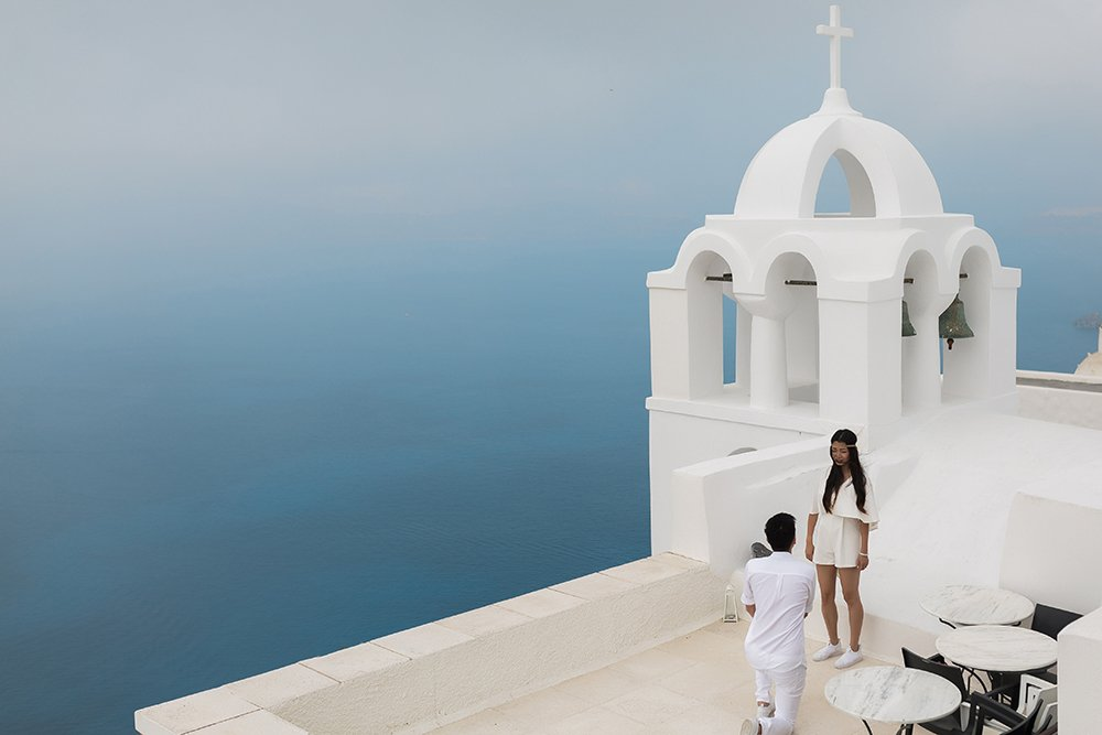 Surprise Proposal in Santorini - hire a photographer